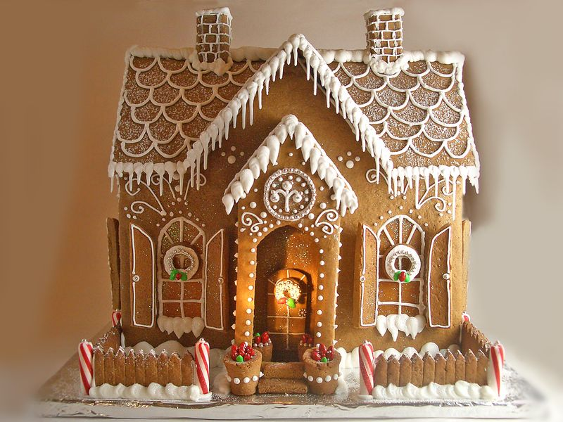 Gingerbread House 2010 & Happy Holidays! - Goodies By Anna