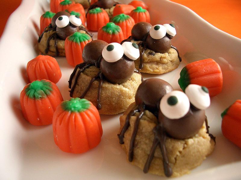 Peanut butter spider cookies horiz